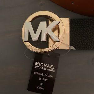 NWT Michael Kors reversible belt XL